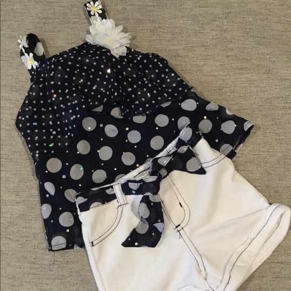 2 pc navy & white short set